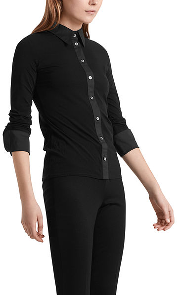 Edle Bluse im Material-Mix