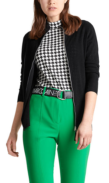 Knitted jacket with zip fastening