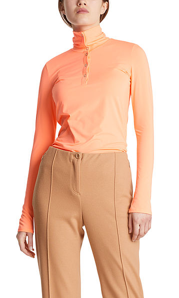 Top in stretch fabric