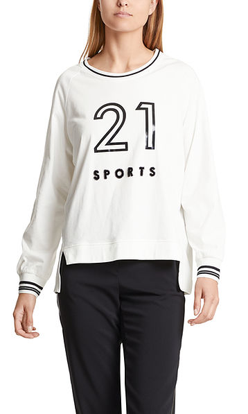 Blouse-style top with number motif