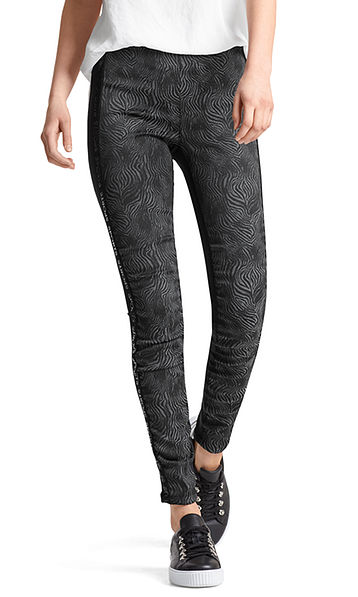 Stretch pants with jacquard fabric
