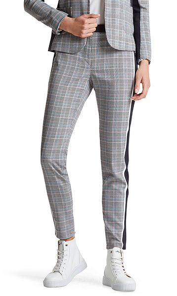 Checked pants with stretch insert