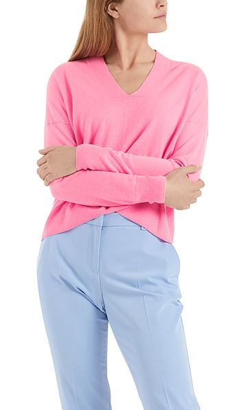 Knit sweater with pure new wool and silk