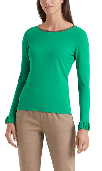 Fine-knit sweater with flounces