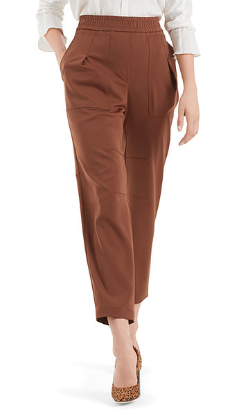 Exclusive jogging-style pants