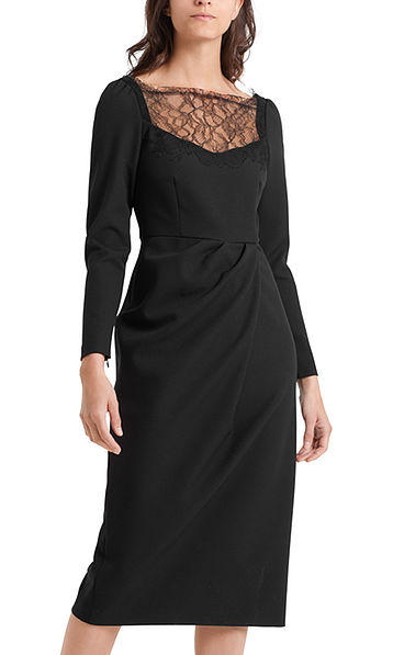 Evening dress with lace