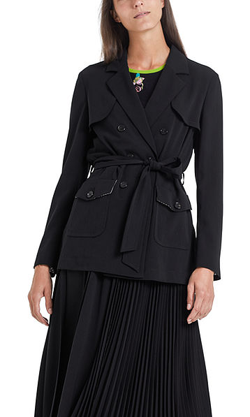 Fine jacket with pleated details