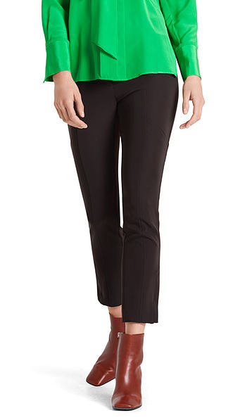 Pants in stretchy synthetic fibre