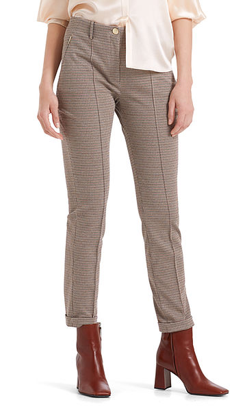 Elegant pants with pressed creases