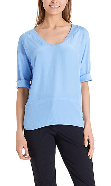 Blouse-style top with material mix
