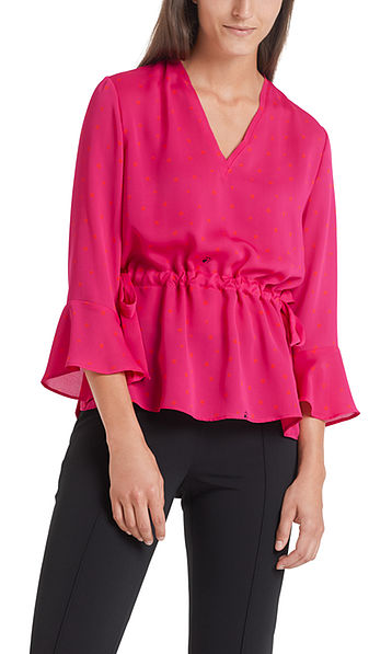 Blouse with feminine details