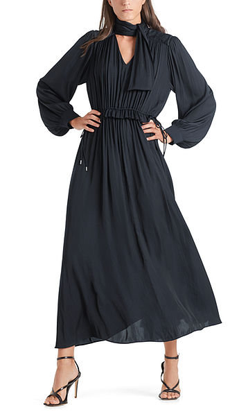 Maxi dress with pleated details