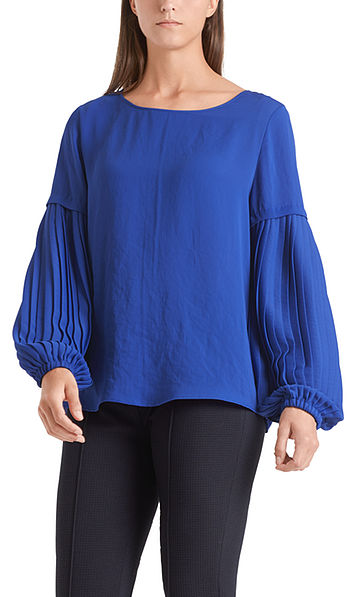 Blouse-style top with statement sleeves