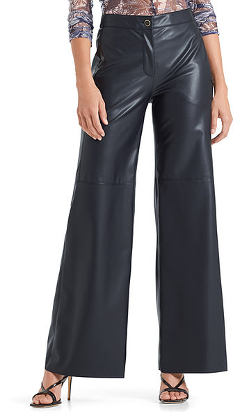 Loose pants in faux nappa leather